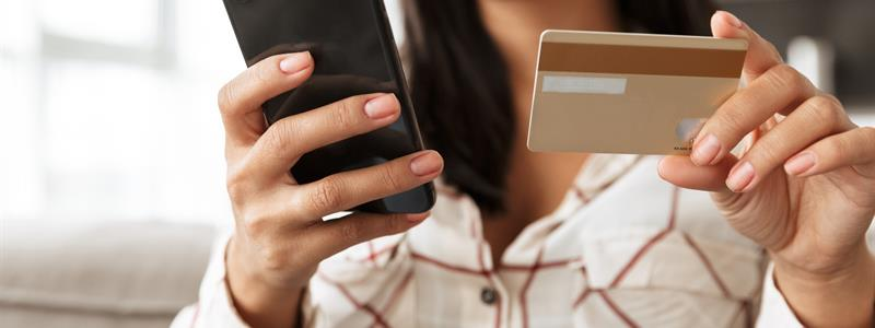 6 Ways Credit Cards Can Improve Your Financial Life