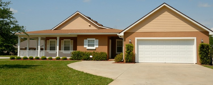 Should You Stop Earning Credit Card Rewards Before You Buy a Home?