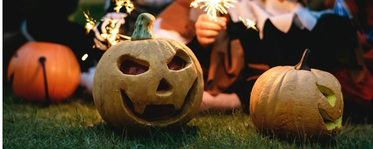 7 Ways to Save Money this Halloween