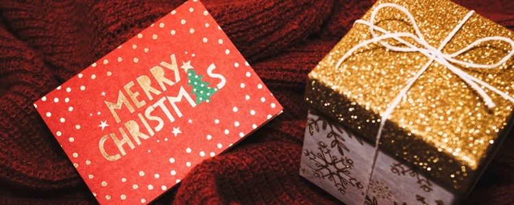 Why Gift Cards Could Be the Worst Holiday Gift You Can Give